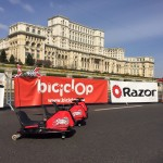 Cele mai tari drifturi cu Razor Crazy Cart. Acum le poti testa si online!