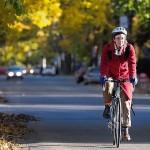 Toamna pe bicicleta: sfaturi ca sa pedalezi confortabil