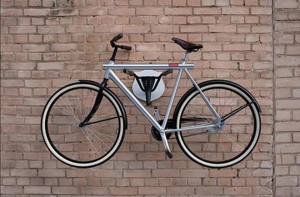 Suport de prins bicicleta pe perete - creativ