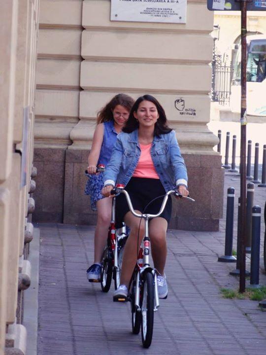 Castigatoarele Mirunette pe biciclere