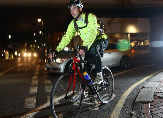 Bicicleta - lumini si vizibilitate