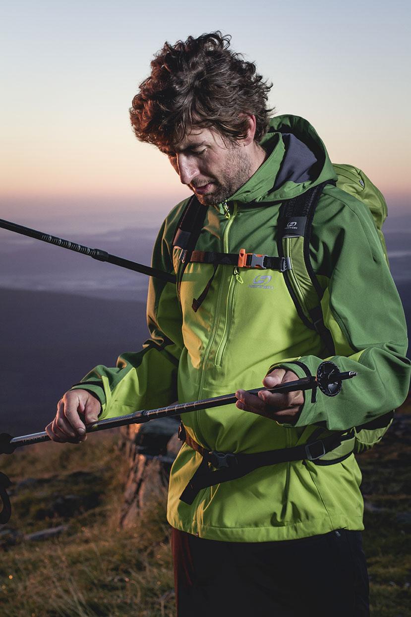 echipamente de trekking