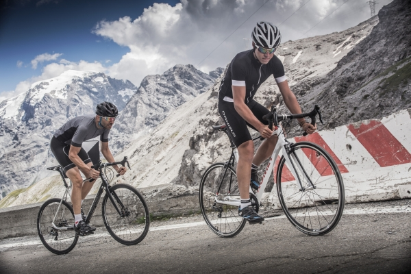 Mers cu bicicleta in grup - Romet