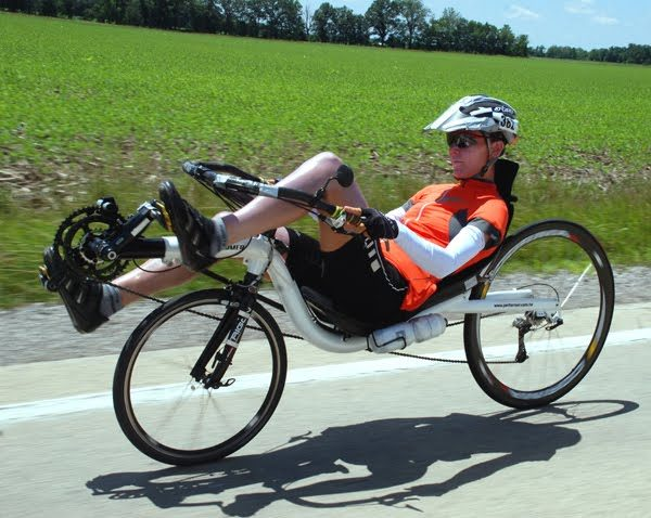 Bicicleta orizontala - recumbent bike